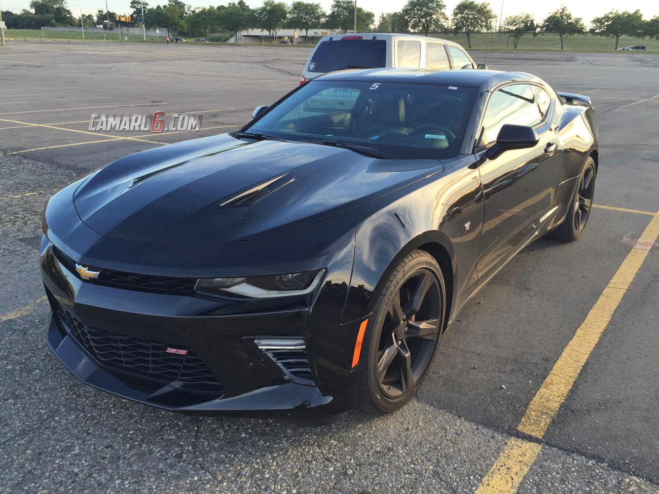 Ran Into Black 2016 Camaro Ss In Pontiac Camaro6