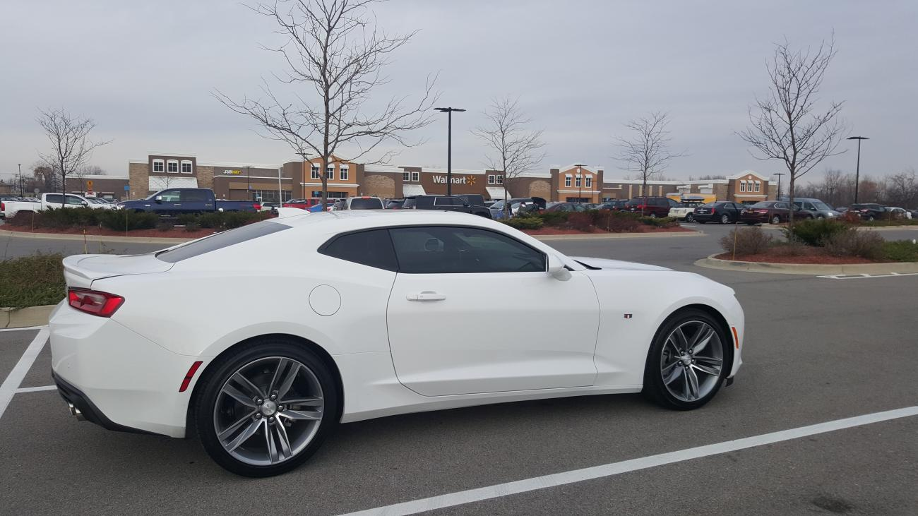 attached images - Camaro 2016 Ss White
