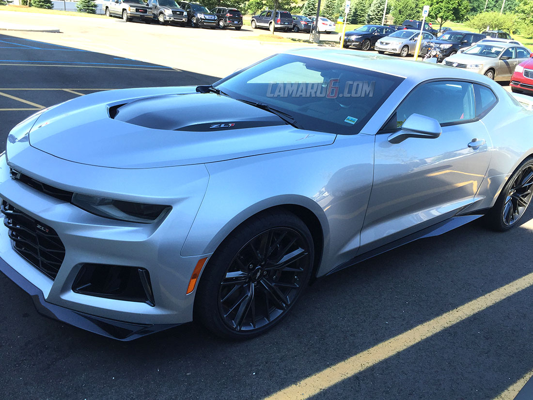 Iroc Z Wiki >> Silver and Garnet Red 2017 ZL1 spotted in the wild... - CAMARO6