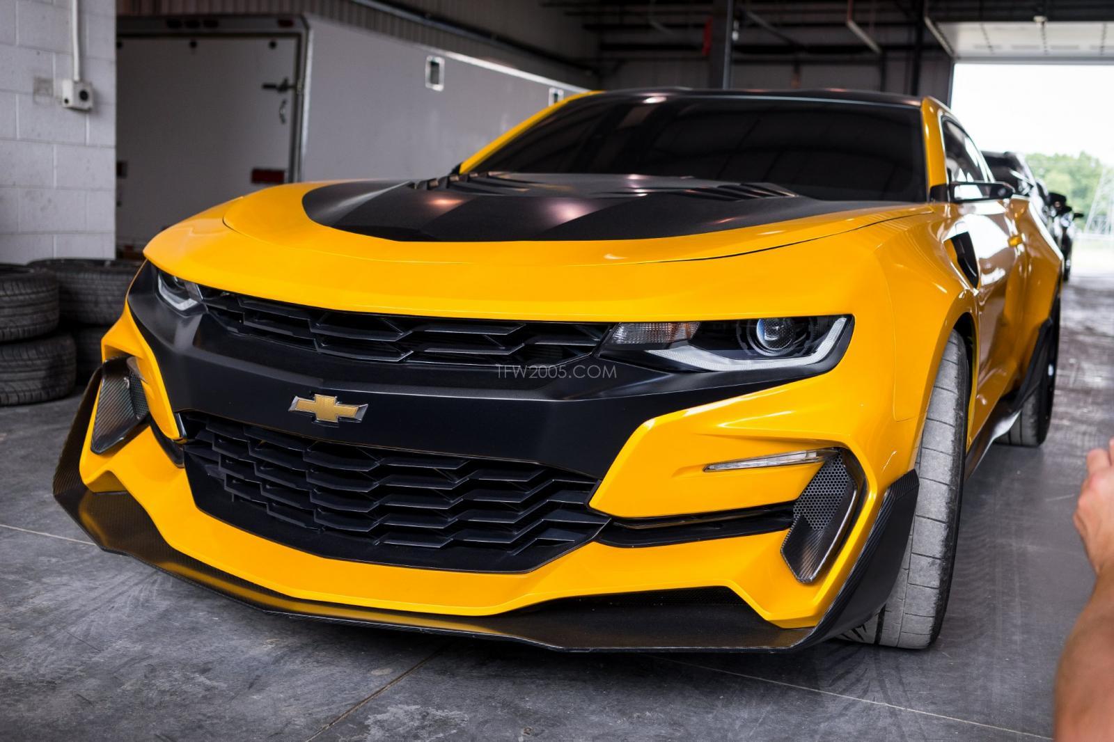 Transformers 5 Set Visit Pics Bumblebee Camaro Camaro6