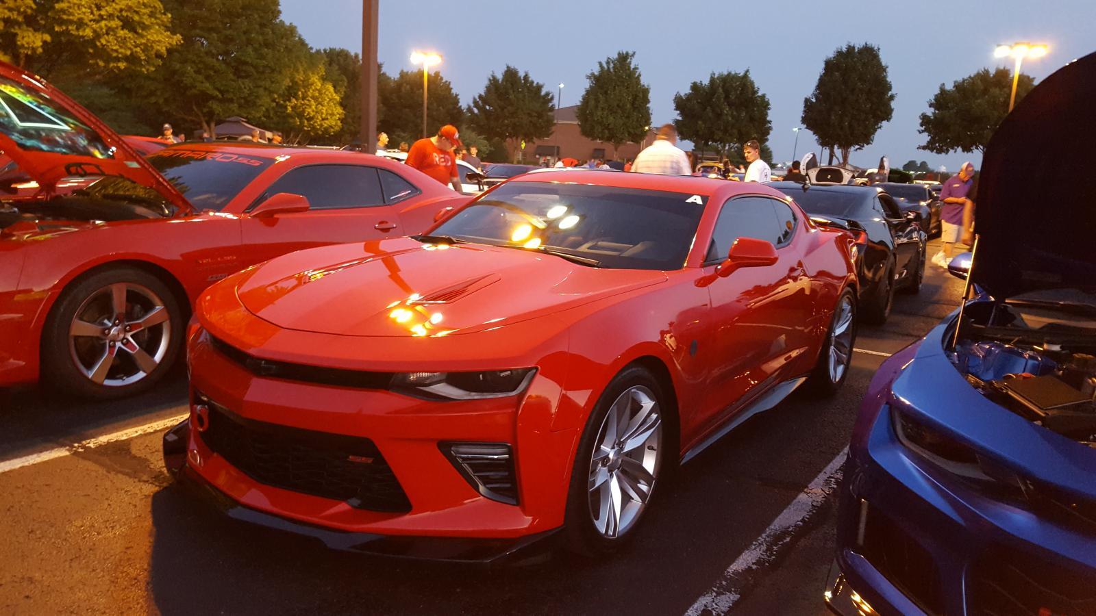 Name:  Fest parking lot party 006.jpg Views: 1484 Size:  170.4 KB