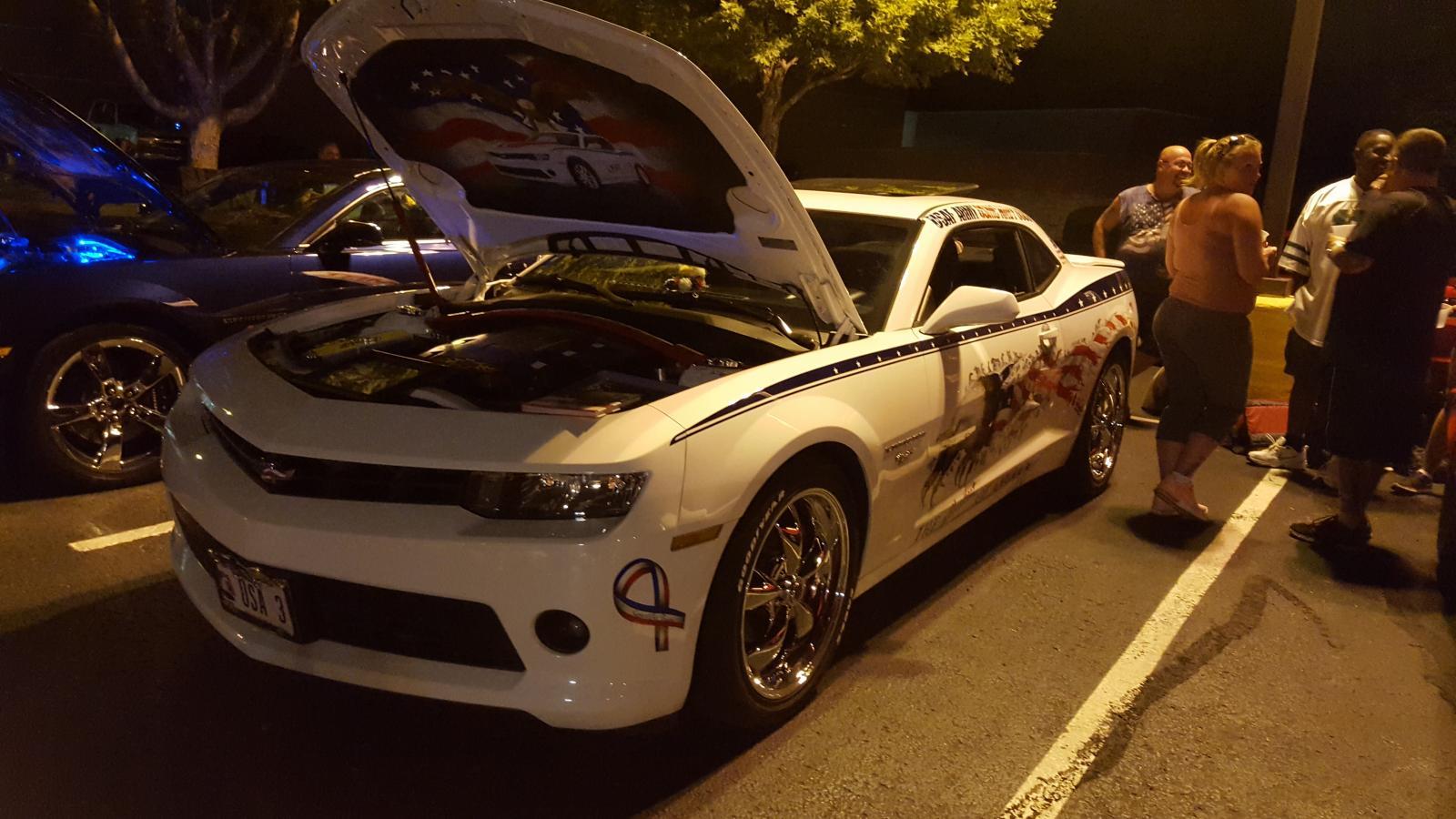 Name:  Fest parking lot party 008.jpg Views: 1478 Size:  167.7 KB