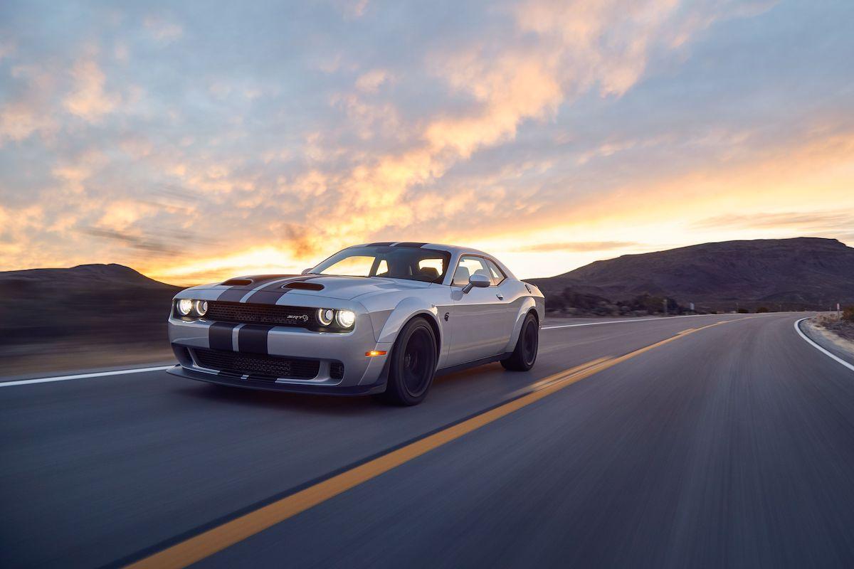 Name:  2020-GT500-vs-Camaro-ZL1-vs-Challenger-Hellcat-Redeye-4.jpg Views: 3652 Size:  76.2 KB