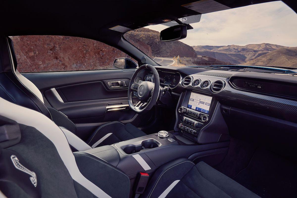 Name:  2020-GT500-vs-Camaro-ZL1-vs-Challenger-Hellcat-Redeye-11.jpg Views: 3630 Size:  130.7 KB