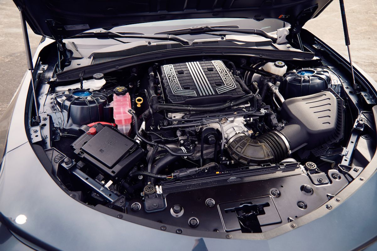 Name:  2020-GT500-vs-Camaro-ZL1-vs-Challenger-Hellcat-Redeye-13.jpg Views: 3645 Size:  192.4 KB