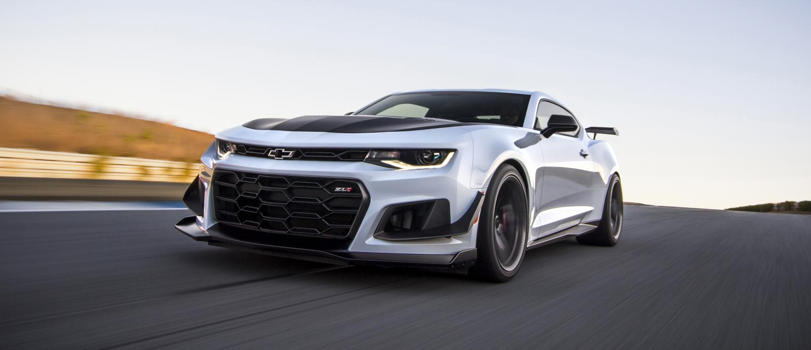 Name:  2019-Chevrolet-Camaro-ZL1-1LE-015 2.jpg Views: 3607 Size:  75.4 KB