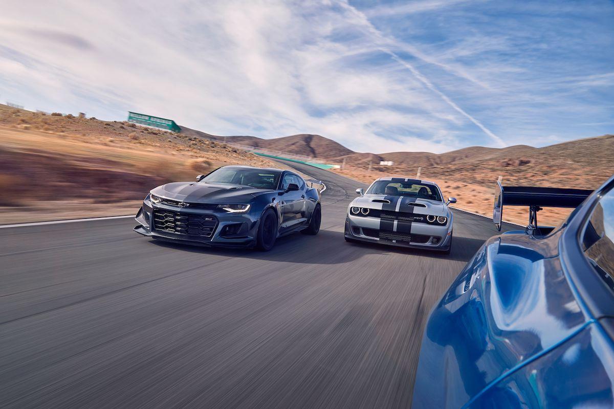 Name:  2020-GT500-vs-Camaro-ZL1-vs-Challenger-Hellcat-Redeye-3.jpg Views: 3964 Size:  123.2 KB
