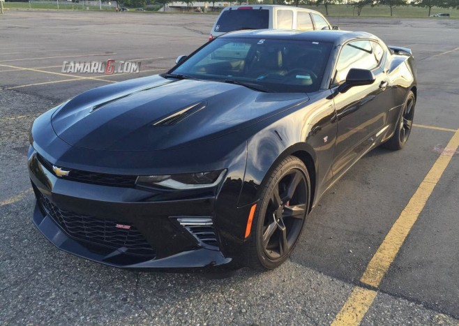 Great look at the 2016 Chevy Camaro in black – 6th gen 2016+ Camaro ...