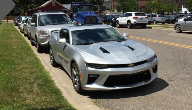 Great Looks At The 2016 Camaro Ss In Silver