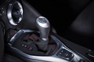 2017-Chevrolet-Camaro-ZL1-Interior-003-1024x681
