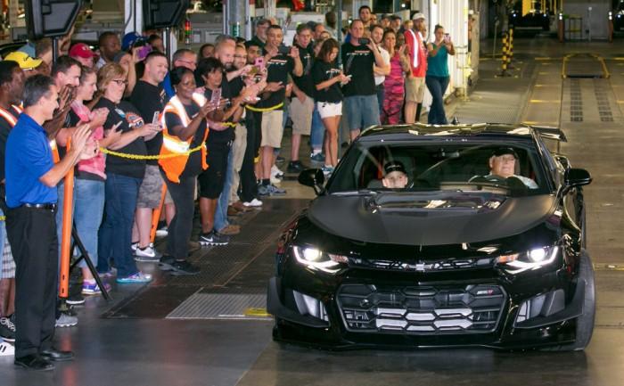 Rick-Hendrick-2018-Chevrolet-Camaro-ZL1-1LE-1