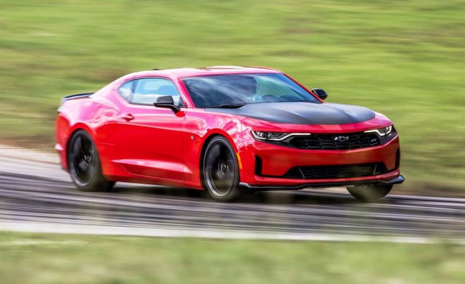 lightning-lap-2018-2019-chevrolet-camaro-rs-1le-ll-lead-1536941631