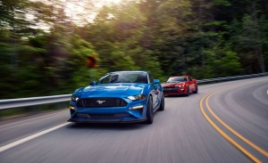 2019-chevrolet-camaro-ss-1le-and-ford-mustang-gt-ppl2-comparison-101-1562173149